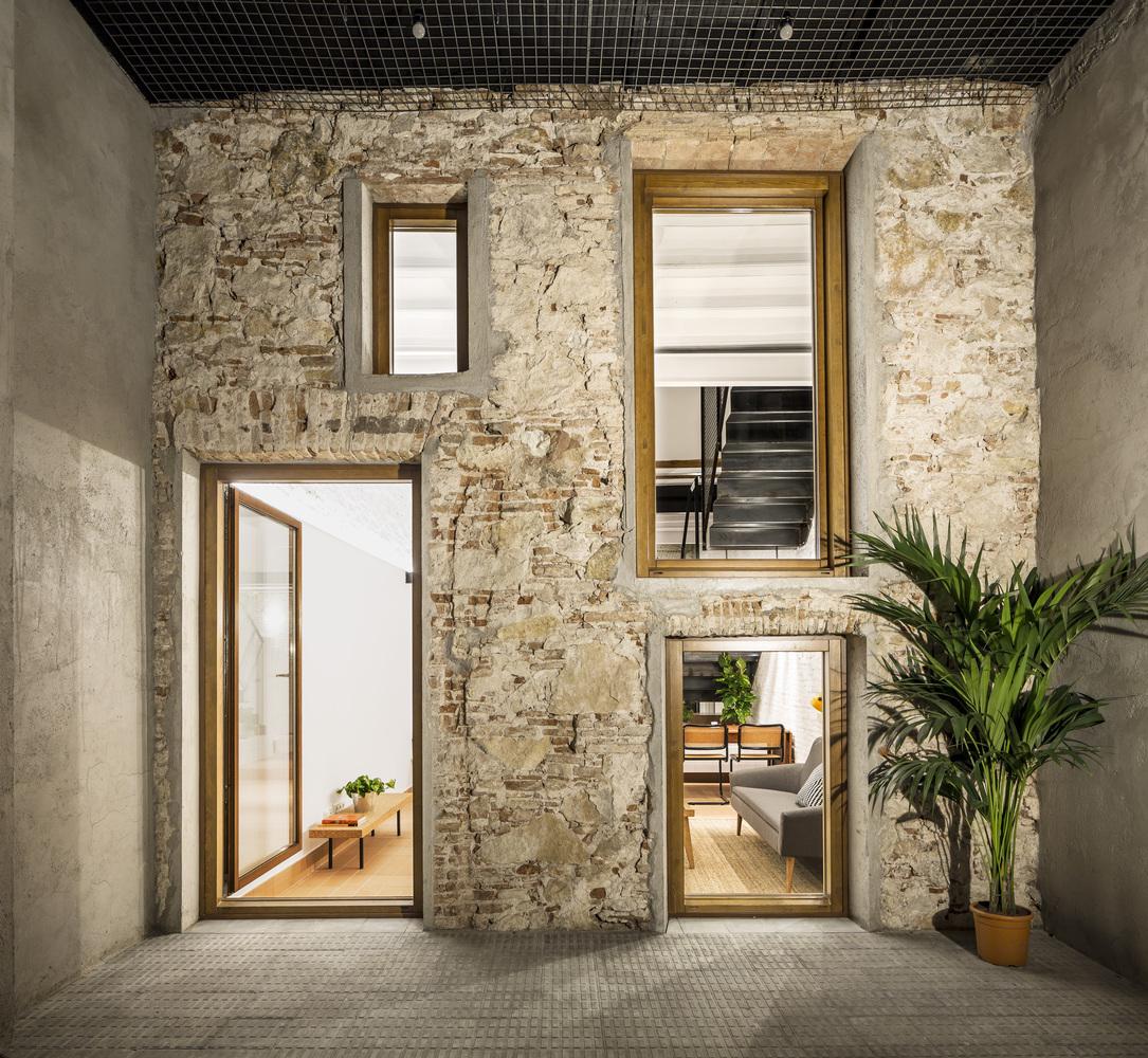 laDiana dvifunkciniai namai (1)